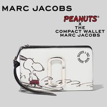 MARC JACOBS X PEANUTS THE SNAPSHOT AMERICANA COMPACT WALLET
