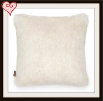 ★大人気UGG★Firn Faux Fur Pillow