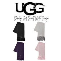 【UGG】CHUNKY KNIT SCARF WITH FRINGE ロゴマフラー