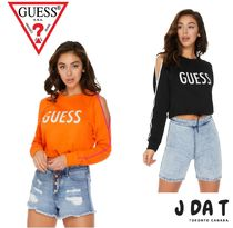 Guess(ゲス)関税込み!BERRY COLD SHOULDER LOGO PULLOVER