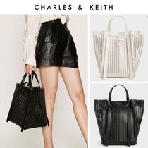 【Charles&Keith】透かしトートバッグ/ Croc-Effect Large Tote