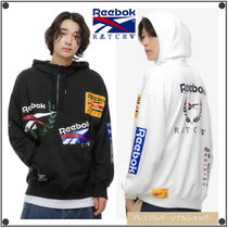 ROMANTIC CROWN x REEBOKのコラボ HALF ZIP-UP HOODIE 全2色