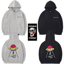 STOCKHOLM SYNDROME(ストックホルムシンドローム) スウェット・トレーナー ★STOCKHOLM SYNDROME★UFO EMB HOODED SWEATSHIRTS 2色