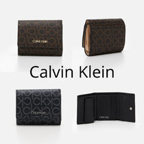 UK発★CALVIN KLEIN 20AW 'TRIFOLD モノグラム ミニ財布'