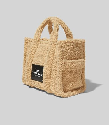 MARC JACOBS ハンドバッグ ☆送料関税込み☆ MARC JACOBS THE TEDDY 2WAYトートバッグ 新作(19)