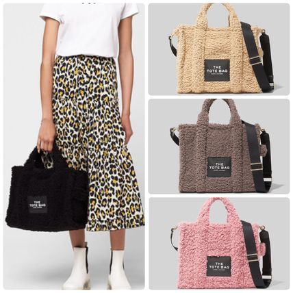 MARC JACOBS ハンドバッグ ☆送料関税込み☆ MARC JACOBS THE TEDDY 2WAYトートバッグ 新作
