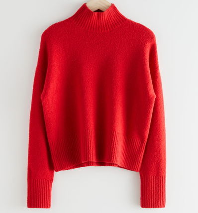 """& Other Stories ニット・セーター """"& Other Stories"""" Cropped Mock Neck Sweater Red"""