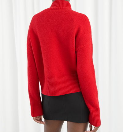 """& Other Stories ニット・セーター """"& Other Stories"""" Cropped Mock Neck Sweater Red(3)"""