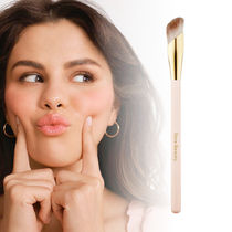 RareBeauty☆コンシーラーブラシ☆Liquid Touch Concealer Brush