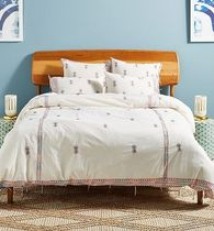 セール! Anthropologie Embroidered Mariko Duvet Cover