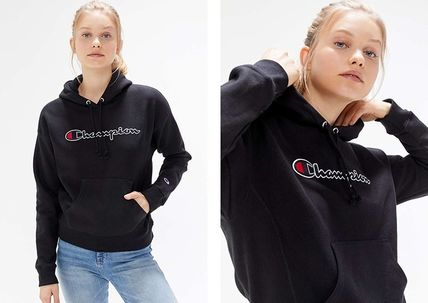 Urban Outfitters パーカー・フーディ Urban Outfitters×Championロゴパーカーブラックカラー(8)