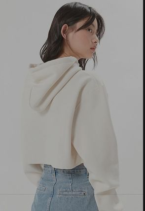 Urban Outfitters パーカー・フーディ Urban Outfitters×Championクロップドパーカーオフホワイト(3)