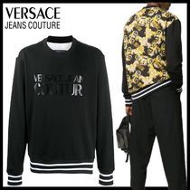 【Versace Jeans Couture】バロック ロゴ スウェットシャツ