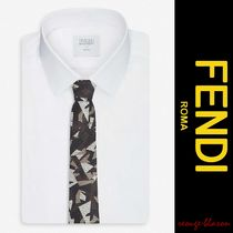 【国内発送】FENDI ネクタイ Logo abstract-print silk tie