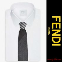 【国内発送】FENDI ネクタイ Logo-embossed striped silk tie