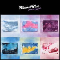 ◆ALMOST BLUE◆ TIE DYE PC POUCH (11,13,15) 可愛い 人気