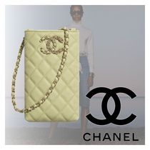 【直営店】CHANEL フォンケース phone holder with chain