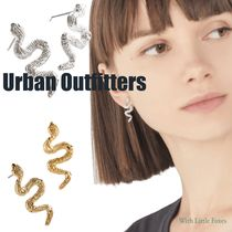 【Urban Outfitters】ミニ スネークポストイアリング