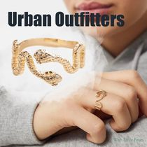 【Urban Outfitters】スネークリング