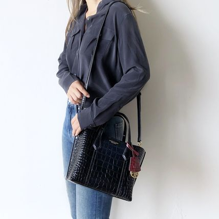 Tory Burch ショルダーバッグ・ポシェット 即発★TORY BURCH★PERRY CROC EMBOSSED SMALL TOTE 74594(12)