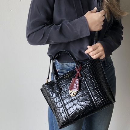 Tory Burch ショルダーバッグ・ポシェット 即発★TORY BURCH★PERRY CROC EMBOSSED SMALL TOTE 74594(14)
