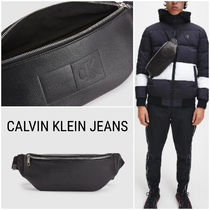 UK発★CALVIN KLEIN JEANS 20AW新作 ロゴ入りクロスボディバッグ