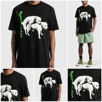 送料関税無料 [PLEASURES] HUMP T-SHIRT
