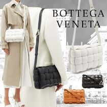 ☆大人気☆BOTTEGA VENETA☆PADDED CASSETTE BAG