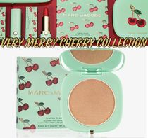 Marc Jacobs Very Merry Cherry O!MEGA Glaze ハイライト