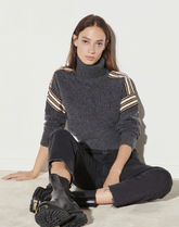 sandro★Pull col roule a galons fantaisie トップス