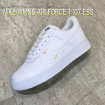 NIKE WMNS AIR FORCE 1 '07 ESS エアフォース1 エッセンシャル