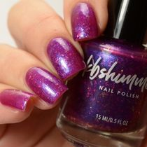KBShimmer☆可愛いネイル(Foreseeable Fuchsia Nail Polish)