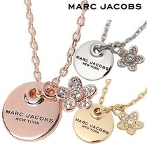 SALE! MARC JACOBS DAISY COIN ロゴ ペンダント ネックレス♪