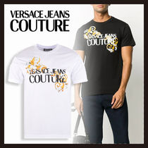 【Versace Jeans Couture】バロック ロゴ プリント Tシャツ