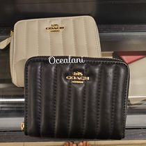 [COACH] 折り財布♪ キルトデザイン♪small zip around wallet