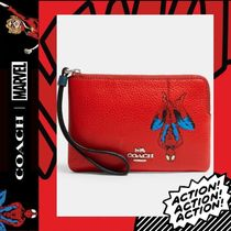 COACH×Marvel★Corner Zip Wristlet With Spider-Man 3583