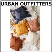 【urbanoutfitters】タッセル付き★クッション★7色
