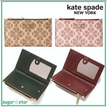 国内発送【kate spade】spade flower small slim bifold wallet