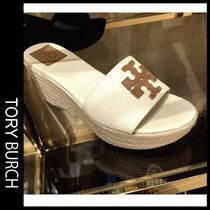 Outlet買付【Tory Burch】大きなTロゴWeston Wedge サンダル