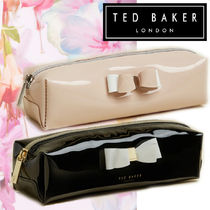 TED BAKER(テッドベーカー) メイクポーチ 日本未入荷:Ted Baker メイクポーチ 使いやすい可愛い化粧ポーチ