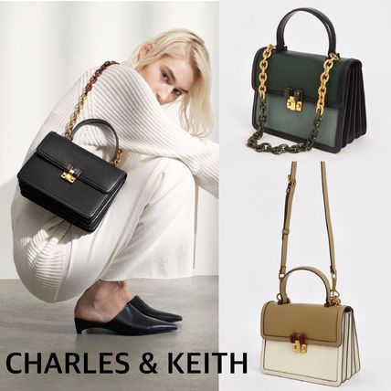 CHARLES & KEITH チャンキーチェーン★3Wayバッグ