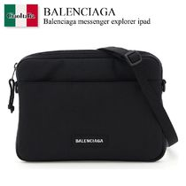 Balenciaga messenger explorer ipad