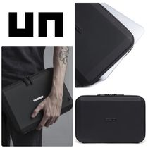United Nude(ユナイテッドヌード) iPad・タブレットケース [ UNITED NUDE ]  STEALTH SLEEVE / 防水加工 / 12インチ収納可