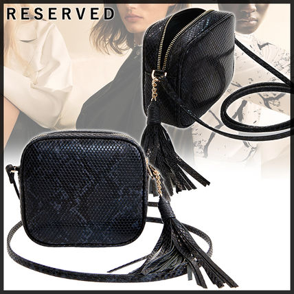 RESERVED ショルダーバッグ・ポシェット タッセル付きスネーク柄スモールバッグ//RESERVED