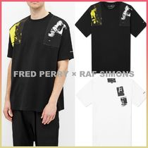 *FRED PERRY × RAF SIMONS*プリント パネル Tシャツ 2010340