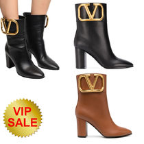 VALENTINO SUPERVEE SMOOTH LEATHER ANKLE BOOTS