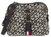 Tommy Hilfiger★Jasmine II East/West Geo Jacquard Crossbody