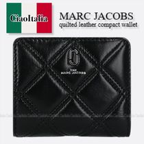 MARC JACOBS  quilted leather compact wallet
