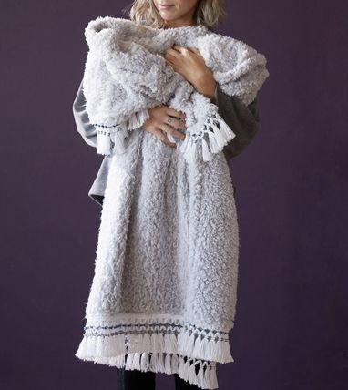 Urban Outfitters ブランケット 【Urban Outfitters】フリンジ付き フリーススローブランケット(7)