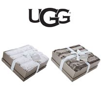 UGG【国内発送・関税込】Wild Luxury Faux Fur Throw Blanket